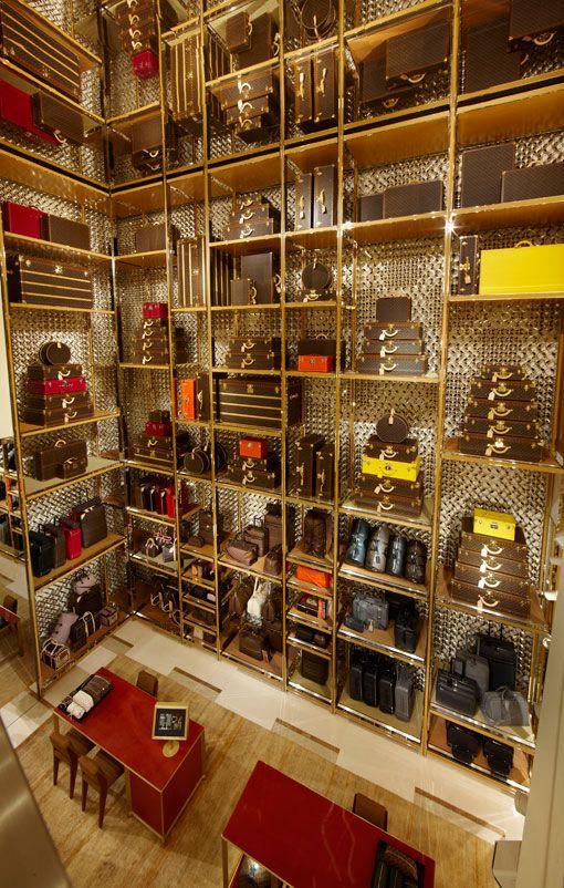 Louis Vuitton, Rome: Louisvuitton, Omg Www Bags Fashion De B, Animal Faces, Rome Italy, Heavens Handbags, Fabu Fashion, Luis Vuitton, Louis Vuitton Luggage Sets, Louise Vuitton