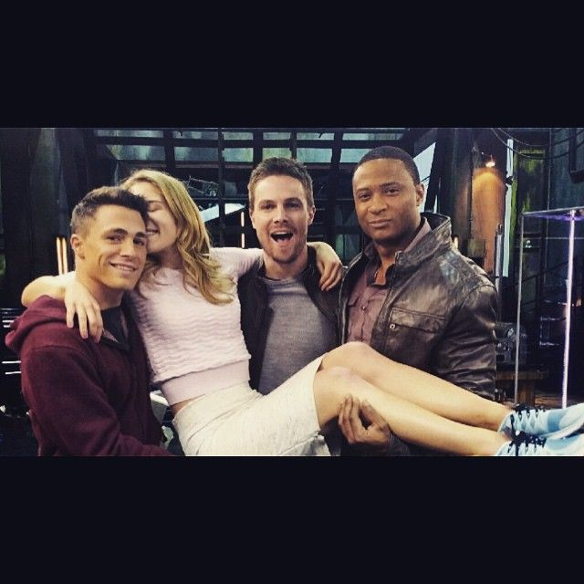 """""""I choose only to travel by bicep chariot @coltonlhaynes @amelladventures @davidpaulramsey"""" Very wise choice, Emily.   #Arrow"""