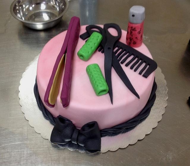 Hairdresser cake, Hairdresser and Dubai on Pinterest