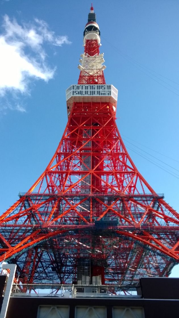 The capital city of Japan has shown that being number two does not mean losing out. Even to those who are not aware of history, it is not beyond imagination that Tokyo Tower took inspiration from Paris city icon of the 19th century, the Eiffel Tower.