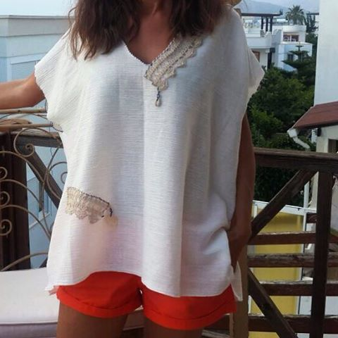������������������☀️✨��✨��#fatosbodrum #turgutreis#dress #summer #summer17 #white #beyaz #blue #mavi#nature #yazma#elişi#bodrumdayasam#bodrum#womanfashion#handmade#bohemianstyle#beach#naturelovers#beachlife#tasarımhane#tasarım#fashion#dantel#stil#happyday#kişiyeözel#only#justone#iğneoyası http://turkrazzi.com/ipost/1524813023164013136/?code=BUpOV2ilJpQ