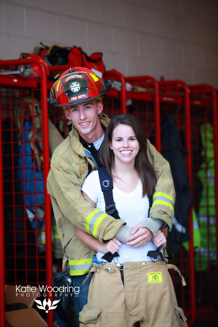 Firefighter Engagement Session At Co 8 Covington, Ky Fire Department  Copyright Katie Woodring