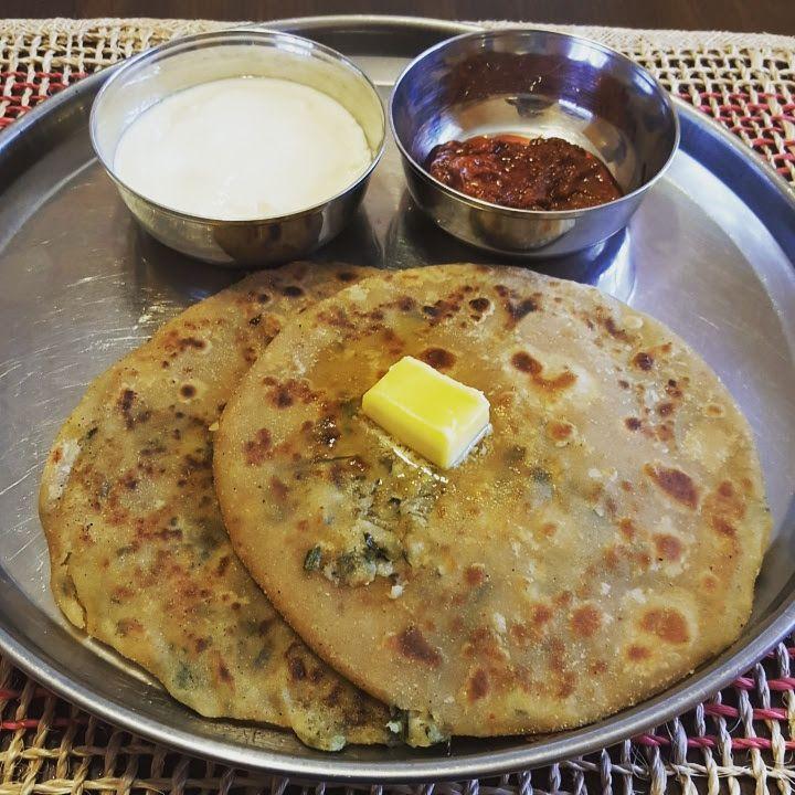 Aloo Paratha (Potato Stuffed Indian Flat Bread)