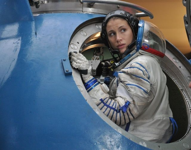 astronaut pregnant in space movie - photo #6