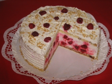 This German Website has all the cakes I want to try!