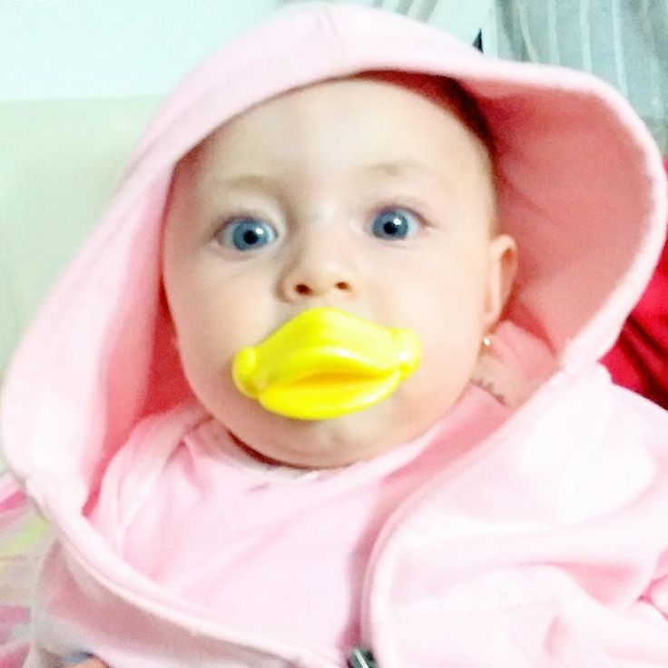 Top Silicone Funny Nipple Dummy Baby Soother Joke Prank Toddler Pacy Orthodontic Nipples Teether Baby Pacifier Care Q15