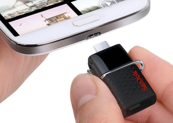 SanDisk USB 3.0 64GB Smartphone Flash Drive - Smartphone owners who have OTG-enabled Android devices may be interested in a handy new Ultra Dual USB Drive 3.0 smartphone flash drive that has been created by SanDisk. The new SanDisk USB 3.0 smartphone flash drive is capable of transfer speeds of up to 130 MB per second and is equipped with a micro USB connector at one end and a USB 3.0 connector at the other. | Geeky Gadgets