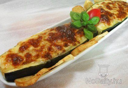 Töltött cukkini olasz módra  http://www.nosalty.hu/recept/toltott-cukkini-olasz-modra