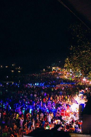 #FullMoonParty #KohPhangan  http://thaipartyfor.me/full-moon-party/