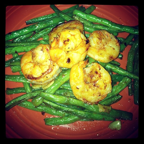 Sweet & spicy shrimp and roasted garlic string beans.