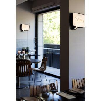 Applique SNAKKES - Marque Nothern Lighting Snakkes de la marque Northern Lighting est une applique murale fonctionnant avec un circuit LED de 6W qui permet d'écrire des messages tel un tableau lumineux. Snakkes éclaire vos murs et permet d'écrire des messages grâce à un marqueur effaçable. Fini les post-it collés sur le frigo ou bien les messages écrits sur papier posé sur la table ! Avec Snakkes, vous pouvez faire passer votre message de manière design et en lumière !