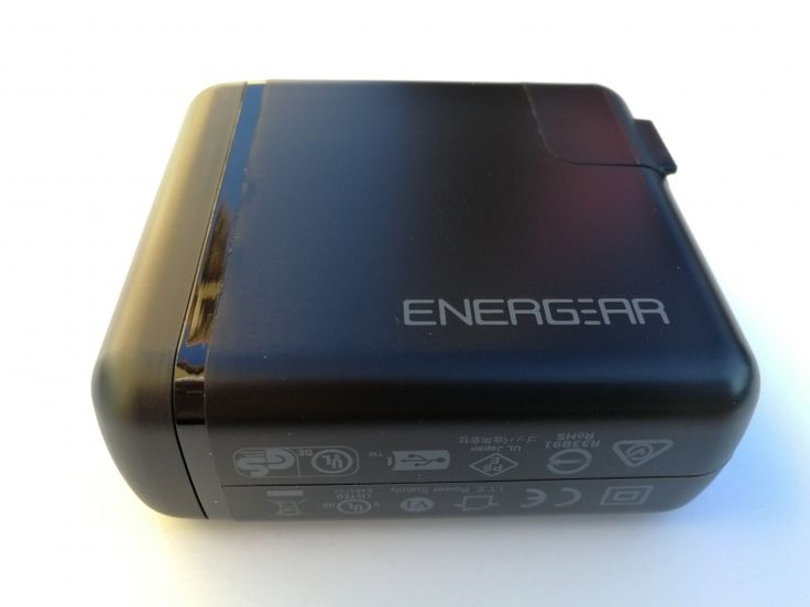 How the Apple MacBook (Early 2016) Works with the Non Apple Based Energear 65W PD Charger Using USB Power Delivery