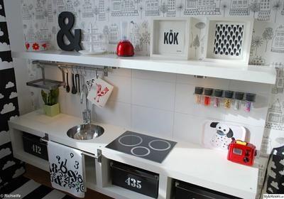 geweldig keukentje voor de speelkamer