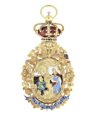 The Order of St. Isabel conferred by the Duchess of Braganza to a number of European royals