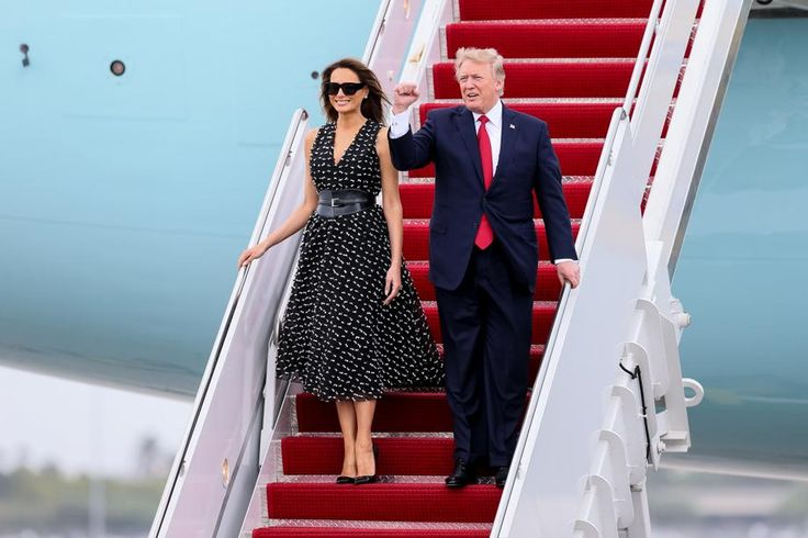 President Donald J. Trump arrives on Air Force One at Palm Beach International Airport in West Palm Beach, Fla., with his wife Melania on April 6, 2017.  (Richard Graulich / The Palm Beach Post)