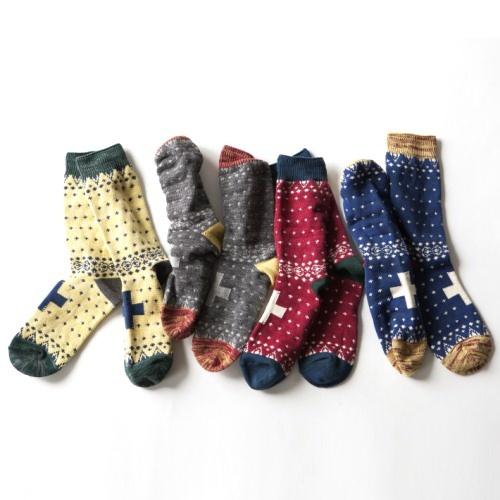[フィクチュール:ficouture]Cross Middle Socks   GO OUT Online  アウトドアファッションの総合通販サイト