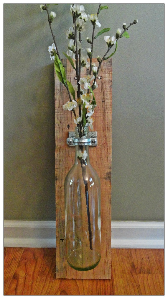 New Item  Wine Bottle and Pallet Wood Wall by AnnabelleEveDesigns, $40.00