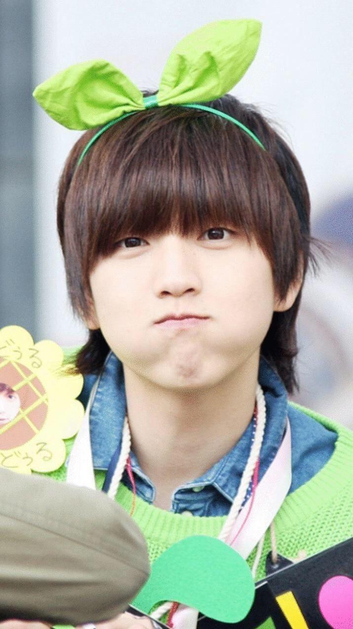 Sandeul #B1A4 haha kyeopta xD HE LOOKS LIKE A GIRL ♡