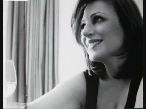 Χάρις Αλεξίου - Το tango της Νεφέλης - YouTube