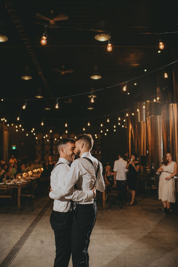 Best 25 Gay Couple Ideas On Pinterest  Men Kissing, Cute -7965