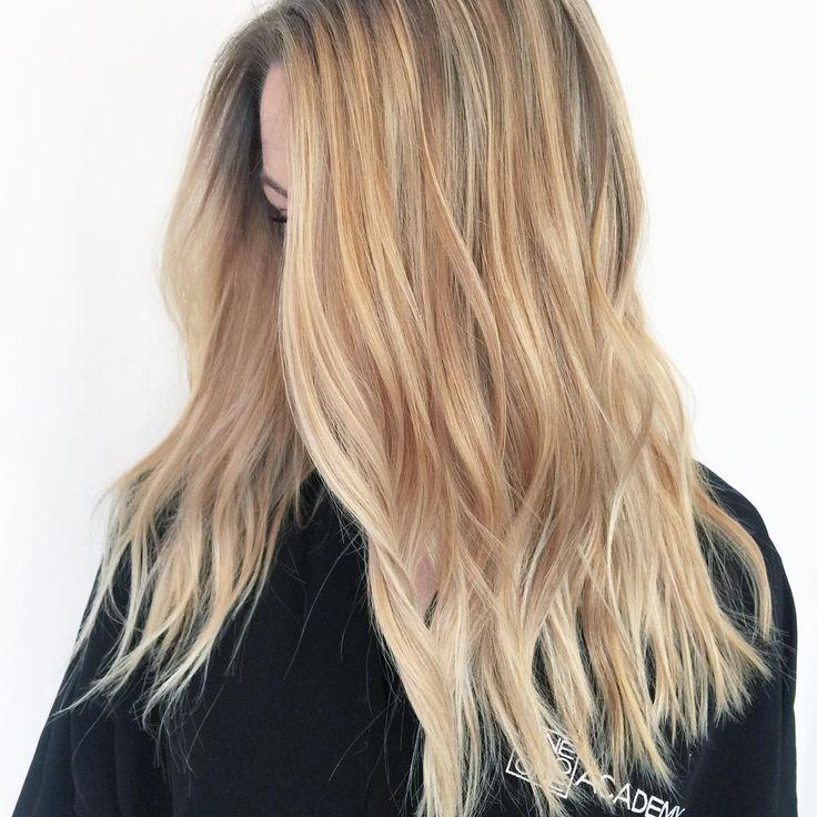 Blonde Hair Color Cream Soda Celebrity Trend Gigi Hadid
