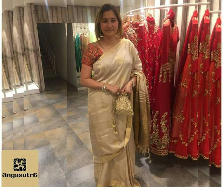 Proud Moment!!! Gutta Jwala, renowned badminton player & India's top ranked doubles specialist at Angasutra Hyderabad, India. Thank you for dropping by. Looking forward to having you with us again.   #sports #fashion #badminton #games #Olympics #Doubles #sportswomen #Hyderabad #India #Indian #youth #inspiration #motivation #Friday #fashionblogger #icon #women #girls #trending #shopping #marketing #JwalaGutta