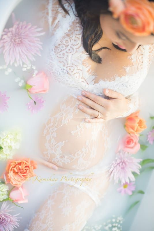 Maternity Milk bath {Seattle Maternity and Milk Bath Photographer} - Kamikay Photography