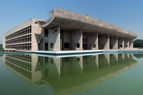 Чандигарх, штат Пинджаб  общественное здание   Ле Корбюзье