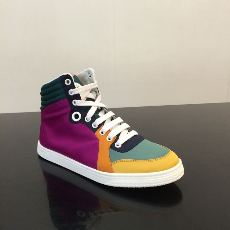 Gucci #sneakers #multicolor #FolliFollie #SpringSummer #collection