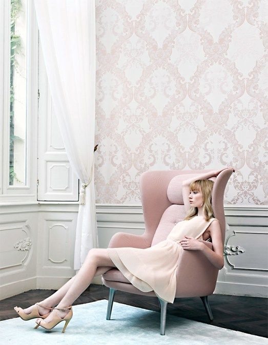 Blush pink large scale damask for regal and romantic bedrooms | Rose Damask R2068