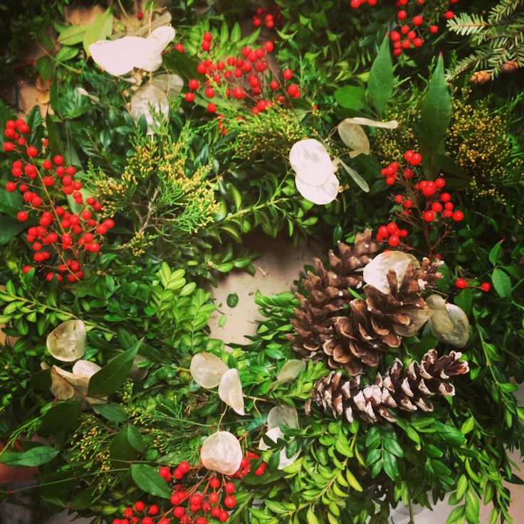 Thanks for sharing Nancy--we love your Monticello wreath! #monticelloholiday