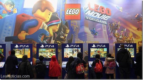 Las mejores creaciones de Lego se juntan en el festival Brick 2014 (Fotos) - http://www.leanoticias.com/2014/12/16/las-mejores-creaciones-de-lego-se-juntan-en-el-festival-brick-2014-fotos/