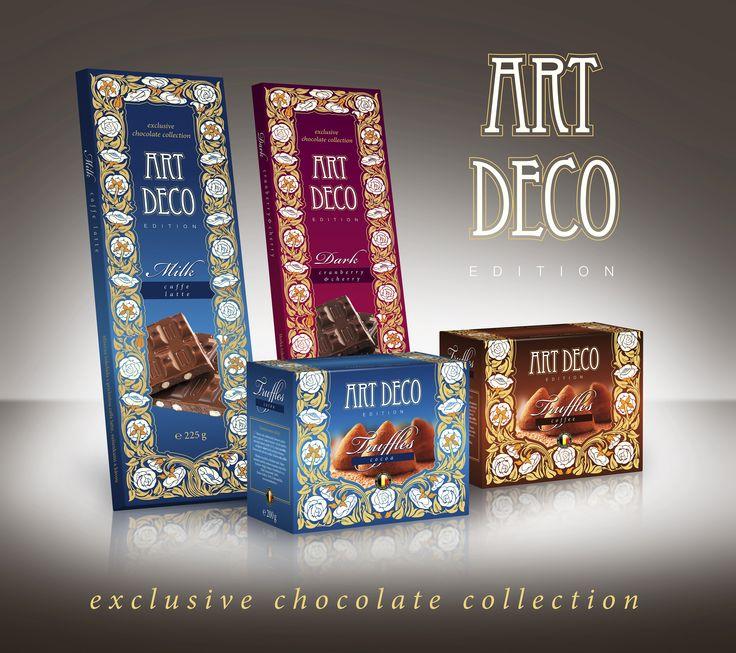 Nová kolekce čokolád s unikátním designem ART DECO. Obsahuje hořkou a mléčnou čokoládu s nevšedními příchutěmi a v neobvykle velkém balení 30 x 9 cm a čokoládové lanýže z belgické čokolády. Vybírat můžete z mléčné čokolády s příchutí caffe latte, sušenkami a kávou nebo hořké čokolády s kousky brusinek a višní. Výborné jsou také čokoládové lanýže z mléčné belgické čokolády.