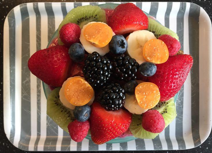 Muesli / chai / lijnzaad / pompoenpit / wortel / bietjes / fruit Braekfast