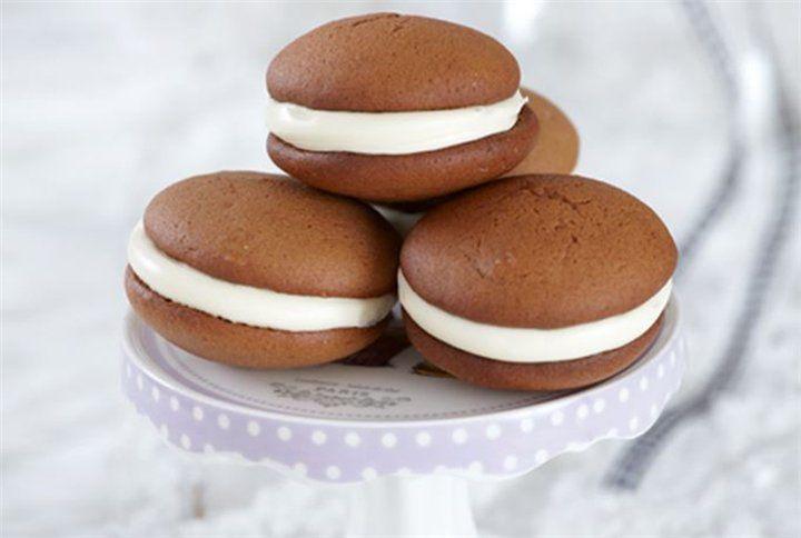 Μπισκότα σοκολάτας γεμιστά με κρέμα - Filenades.gr