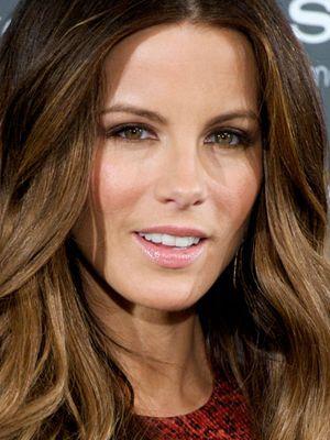 Kate Beckinsale Wears Laura Mercier Shimmering Lip Glace