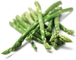 Find vores lækre opskrift på aspargessalat med arganolie på http://nafema.com/aspargessalat/