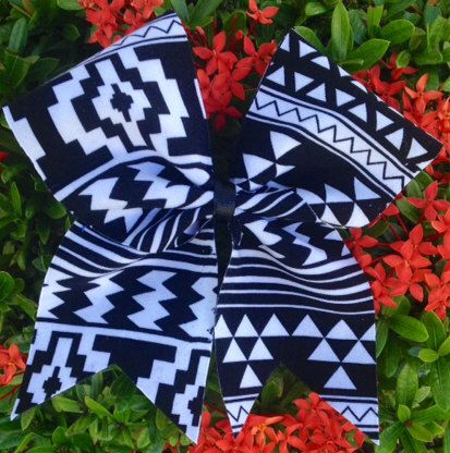 Aztec Cheer Bow by Bowaliciously on Etsy https://www.etsy.com/listing/206878594/aztec-cheer-bow