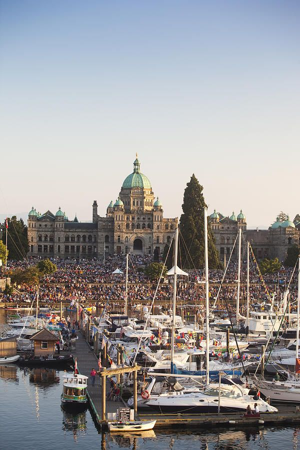 The inner harbor - Victoria, BC, Canada
