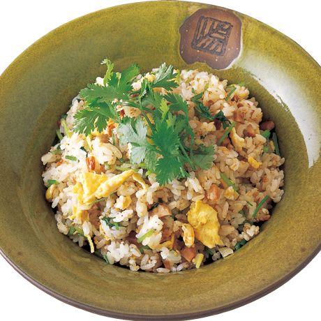 ベトナム風チャーハン | 鈴木珠美さんのごはんの料理レシピ | プロの簡単料理レシピはレタスクラブニュース