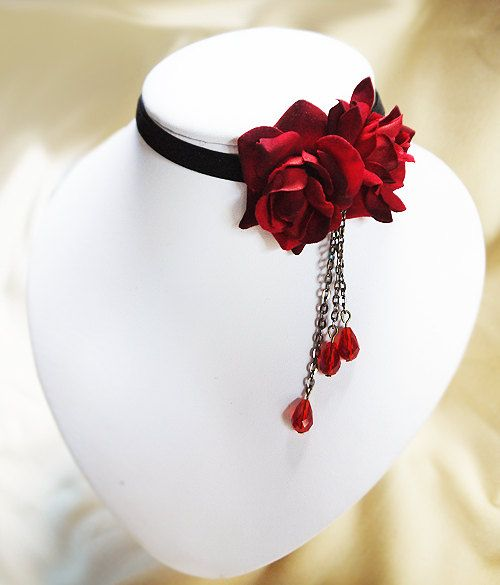 Porcelain Gothic Vintage Black Velvet Ribbon Necklace With