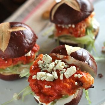 buffalo chicken sliders from country cleaver