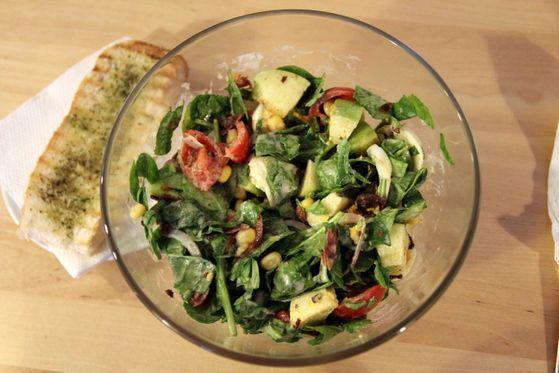 Salata Berlin sau gustul nemțesc în varianta celor de la The Sandwich Factory