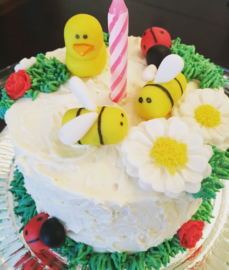 Bugs + duck mini cake: ladybug, bees and ducks Mini bolo com bichinhos: joaninhas, abelhas  e patos  Mini torta / ponque / pudín  de insectos y patos: mariquitas, abejas y patos  Garten Mini Kuchen mit Marienkäfer, Bienen und Enten