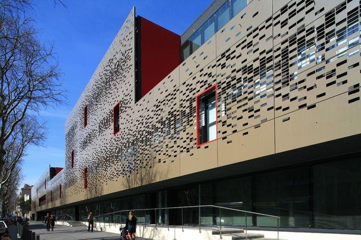 SCAU - Hôpital de la Conception - Marseille metal perforé, claustrât, metal découpé, résille