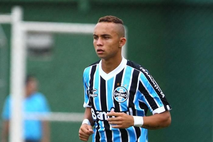 Everton Sousa Soares Everton Everton Sousa Soares Everton Gremio