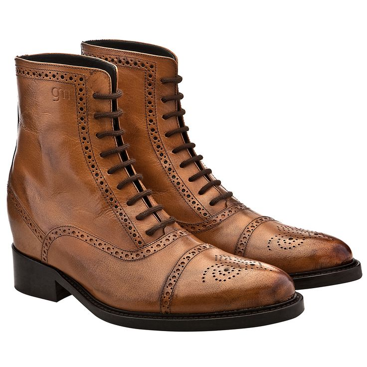 Height increasing limited boots - Upper in light burnished cognac full grain leather, insole and midsole in genuine leather, leather heel with special anti-slip rubber. Hand Made in Italy #elevatorshoes