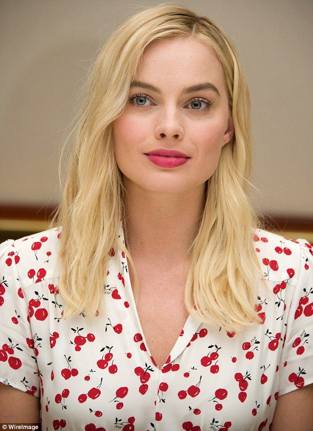 Margot Robbie joins Alexander Skarsgard to promote The Legend Of Tarzan in California | Daily Mail Online