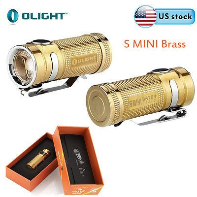 The S Mini Br is the smallest CR123A battery compatible flashlight ever produced by Olight. The limited edition premium material used is Brass in a raw finish so it will slowly patina over time. Powered by one CR123A battery, the S Mini has four levels of brightness plus a strobe mode and covers a range from 0.5 to 550 lumens. Compared to the original S1 Baton, the S mini has a 10% shorter length and a 10% increased maximum output to 550 lumens.