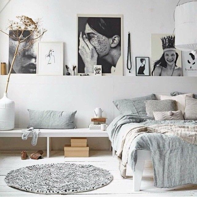 Great way to display art and collectables! Image via #pinterest. #interiors #design #styling #decor #bedroom #art #artwork #photoshelf #photowall #interiordecoration #interiordesign #interiorstyling...